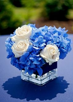 blue hydrangea and white roses in square vase Blue Centerpieces, Wedding Centerpieces, Wedding Table, Wedding Decorations, July Wedding, Centerpiece Ideas, Blue Wedding Flowers, Flower Bouquet Wedding, Blue Bouquet