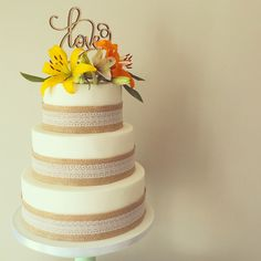 RT Cakes creates bespoke wedding cakes in Essex, Kent and London. We can cater for all needs and can also personalise wedding favours and dessert tables upon request. Wedding Cake Hessian, Wedding Favours, Rustic Wedding, Wedding Cakes, Fresh Flower Cake, Fresh Flowers, Flower Cake Toppers, Rustic Cake, Edible Art