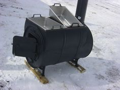 sap stove boiler from 55 gal drum and SS steam table pans . Maple Syrup Taps, Maple Syrup Evaporator, Sugar Bush, 55 Gallon Drum, Sugaring, Stove Fireplace, Rocket Stoves, Wood Fired Pizza, Boiler