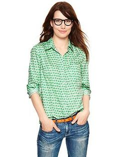 Fitted boyfriend print shirt with green bicycle print $29.99