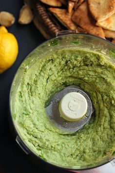 Avocado hummus dip - suitable for Dr. Oz's 2 Week Rapid Weight Loss Diet (eat with veggies, daikon spears or homemade lentil crackers)