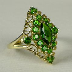 The Vintage Village - View Classified - Estate 10K Gold Chrome Diopside Ring
