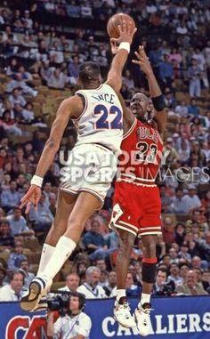 Larry Nance - Cleveland Cavaliers and Michael Jordan