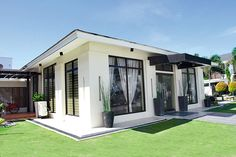 Located between the main house and the basketball court is the bulwagan, a separate structure for receiving and entertaining guests. Manny thought of building this hall to protect his privacy. Modern Contemporary Homes, Modern Homes, General Santos, Philippine Houses, Celebrity Houses, House And Home Magazine, Maine House, Separate, Basketball Court