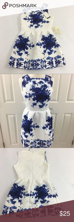 "OSAP floral mini dress size L This floral jacquard sleeveless is a-line skater dress featuring blue flower print, pleated waist and a back zipper in size L from OASAP. Measurements :  Armpit to armpit : approx 16.5"" Waist side to side: approx 15"" Lenght: 31"" Bundle and save! OASAP Dresses Mini"