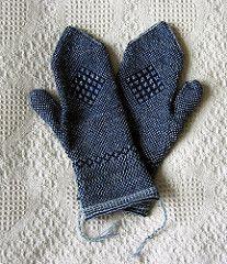 "Tvåändsstickning mittens, pattern by Gun Frisk in the book ""Twined Knitting"" (by Birgitta Dandanell and Ulla Danielsson). Fingerless Mittens, Knit Mittens, Knitted Gloves, Knitting Stitches, Hand Knitting, Knitting Patterns, Mittens Pattern, How To Purl Knit, Pulls"