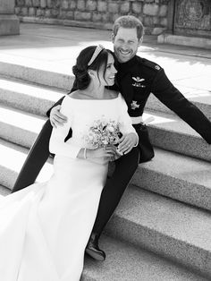Prince Harry and Meghan Markle's Official Wedding Portraits Were Just Released!