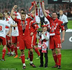 88d63edd2 Jamie Carragher y steven Gerrard Champion League Liverpool Football Club