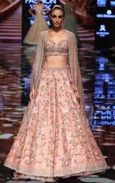 Astounding Pastel Lehengas That Are In Vogue This Season Banarasi Lehenga, Pink Lehenga, Bridal Lehenga, Bridal Portraits, Pastel, Vogue, Formal Dresses, Wedding, Beautiful