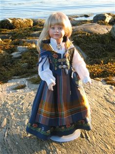 """This is the most common bunad from my part of Norway: """"Nordlands bunad"""" (Bunadsdukker - www. Doll Clothes Patterns, Clothing Patterns, Doll Patterns, Blue Costumes, Sasha Doll, Fairy Clothes, Toddler Dolls, Beautiful Costumes, Doll Costume"""
