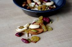 Pre & Post Workout Nutrition (with vegetarian/vegan options!) via Nutritionist in the Kitch