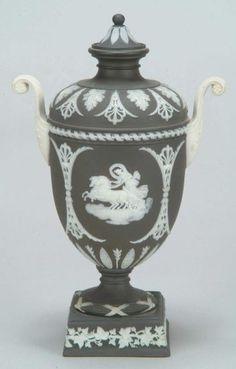 Wedgewood urn II