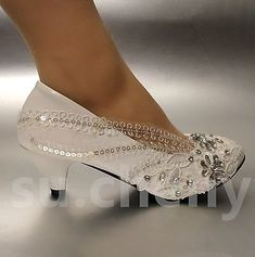 Ivory Wedding Shoes – Choosing the Best Bridal Shoes for a Classic Wedding High Heel Pumps, Low Heel Shoes, Pumps Heels, Platform Pumps, Stiletto Heels, Wedding Shoes Bride, Bride Shoes, Prom Shoes, Lace Wedding
