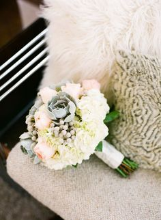 Beautiful colors in this #wedidng bouquet Intimate destination Palm Springs wedding: Johanna + Michael