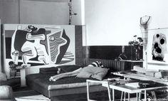 France. E1027 house interior, (after Le Corbusier painting), Roquebrune, Cap Martin, 1926-1929 // designer: Eileen Grey