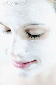 Egg White Pack: -  Egg Whites- 2 (eggs) Honey-2 tspn Lemon Juice- ½ tspn Facial Toner- 1 tspn  Mix well all the ingredients and apply all over face & neck using a face pack brush. Leave it on for 20 mins and Wash off with tepid water first and then with cool water.