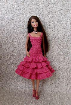 Barbie Clothes Patterns, Crochet Barbie Clothes, Dress Patterns, Crochet Barbie Patterns, Crochet Dolls, Small Crochet Gifts, Barbie Dress, Crochet Fashion, Fashion Dolls