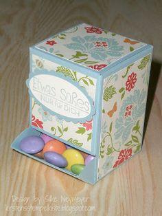 Card stock candy dispenser box | Smarties-Spender mit Anleitung von Silke
