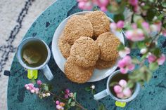 Healthified almond butter cookies