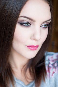 Love Makeup, Make Up, Beauty, Fashion, Moda, Fashion Styles, Makeup, Beauty Makeup, Beauty Illustration
