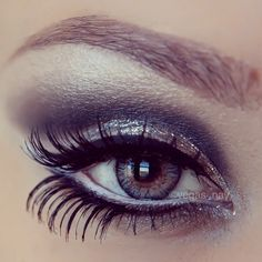 Beautiful, love the eyelashes