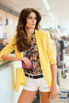 I really like the floral top-- Isabeli Fontana by Terry Richardson for Mango Spring 2011 Yellow Blazer, Colored Blazer, Yellow Cardigan, Short Outfits, Summer Outfits, Cute Outfits, Looks Style, Style Me, Gowns