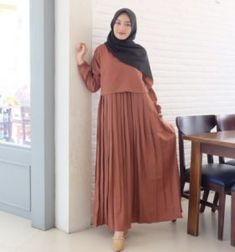 Abaya Style, Hijab Style, Abaya Designs, Best Maxi Dresses, Dress Outfits, Abaya Fashion, Fashion Dresses, Gamis Simple, Moslem Fashion