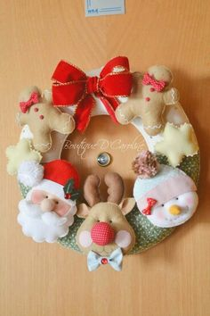 Guirlanda de natal em feltro; Christmas decoration door felt; Santa Claus Felt; Corona Fieltro
