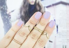 cajsaberntsson wearing Gel Nail Lacquer - Island Cruise  #vivahavana #nailpolish #manicure #pink #rings #gold #spring #lightpink