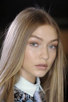 Monochrome Makeup Gigi Hadid Natural Beauty No Makeup Makeup