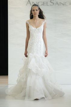 "Delicate, light, and romantic were three ""keywords"" of Angel Sanchez   Romantic Angel Sanchez Spring 2013 Bridal Collection"