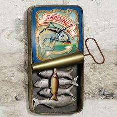 Vintage-Sardine-Can-Wall-Clock-0