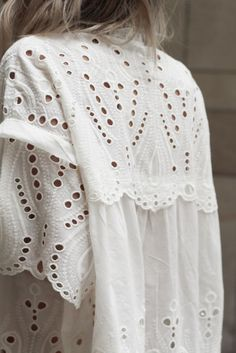 30 Best Summer Outfits Stylish and Comfy Modest Summer fashion arrivals. New Looks and Trends. The Best of clothes in Estilo Fashion, Look Fashion, Fashion Details, Womens Fashion, White Fashion, Latest Fashion, Fashion Beauty, Classic Fashion, Fashion Trends