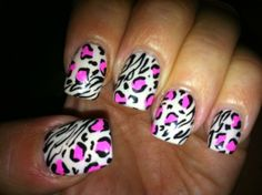 Like the design but on a natural nail!!