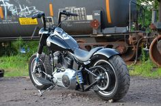 2012 FatBoy Lo Build Thread – First phase of mods – lots of Pics + How to's and tips