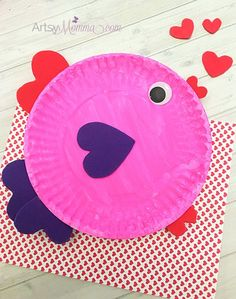 Paper Plate Crafts for Kids Fish . 28 Fresh Paper Plate Crafts for Kids Fish Concept . Paper Plate Valentine S Day Fish with Heart Shapes Paper Plate Crafts For Kids, Valentine's Day Crafts For Kids, Animal Crafts For Kids, Toddler Crafts, Preschool Valentine Crafts, Valentines Day Activities, Valentines Day Party, Valentines Day Crafts For Preschoolers, Diy Valentine
