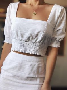 May 2020 - Seaside White Puff Sleeve Crop Top – amannequin Stylish Outfits, Cool Outfits, Fashion Outfits, Fashion Ideas, Fashion Trends, New Blouse Designs, Outfit Trends, Crop Top Outfits, White Crop Top Outfit