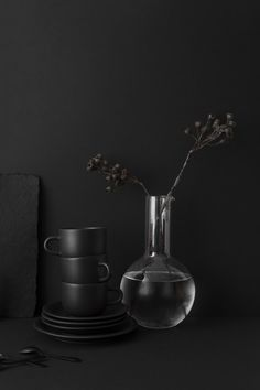 A small collection of organic ceramics curated by VKV Visuals Dark Wallpapers Hd, Organic Ceramics, Catty Noir, Yennefer Of Vengerberg, Decoration Inspiration, Decor Ideas, Kitchen Decor Themes, Room Decor, Dark Interiors