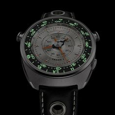 Singer Track 1 Launch Edition, a radical focus on legibility through the centralized display of all the chronograph functions thanks to a revolutionary movement. Singer Porsche, Porsche 911 S, Retro Design, Icon Design, Singer Vehicle Design, Elapsed Time, Best Watches For Men, G Shock, Automatic Watch