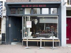Two For Joy Coffee Roasters Amsterdam: koffiespot op de Haarlemmerdijk   http://www.yourlittleblackbook.me/nl/two-for-joy-coffee-roasters-amsterdam/