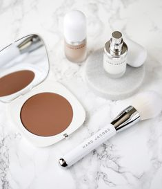 marc jacobs beauty coconut primer, highlight, limited edition bronzer brush, bronzer - review_7110.jpg