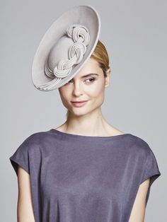 Knot detail percher | Juliette Botterill Millinery AW 2014 #millinery #judithm #hats