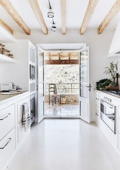 Kitchen Interior Design The Best Interior Design Trends in 2018 Home Design, Küchen Design, Best Interior Design, Interior Design Kitchen, Design Trends, Design Ideas, Design Inspiration, Design Projects, Interior Decorating