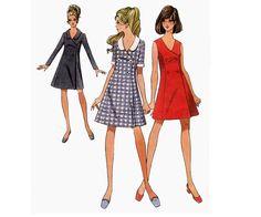 1970 ausgestellte Mantel Kleid nähen Muster Womens Vintage Style 2456 Mustergröße 12 Büste 34 Zoll