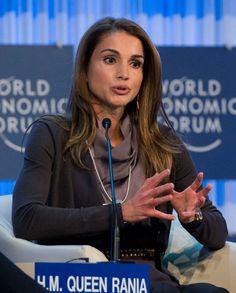 La reina Rania de Jordania en el Foro Davos #queen #jordan #royals #royalty #realeza
