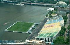 66be11756f SINGAPORE  Floating soccer field Estadio Futebol