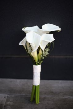 White Calla Lily bouquet for the bridesmaides