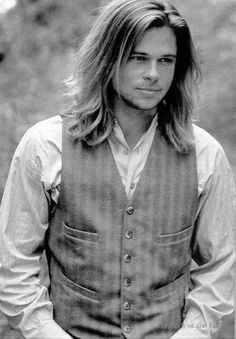 Brad Pitt Legends of the Fall Movie wallpapers. Brad Pitt Legends of the Fall movie poster. Brad Pitt Legends of the Fall movie wallpaper. Pretty People, Beautiful People, Actrices Sexy, Really Long Hair, Actrices Hollywood, Hommes Sexy, Jennifer Aniston, Good Looking Men, Famous Faces