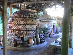 Google Image Result for http://www.pottery-magic.com/pottery/tools/old_kilns.jpg