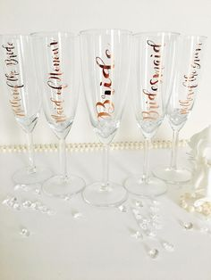 Bridal champagne glass, Bridesmaid champagne flute, bridal gift, drinking glass for Bridesmaid, maid of honour personalised glass, wedding